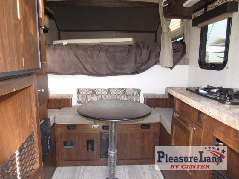 New 2018 Palomino Backpack Edition Hs 650 Truck Camper At