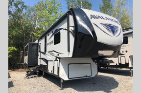 New 2020 Keystone RV Avalanche 365MB Photo