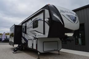 New 2019 Keystone RV Avalanche 321RS Photo