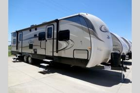 New 2018 Keystone RV Cougar X-Lite 31SQB Photo