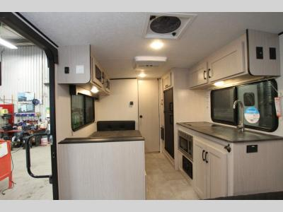 Coachmen RV - Apex Nano 187 RB - Primo RV Centre - Ottawa's #1 RV Dealer