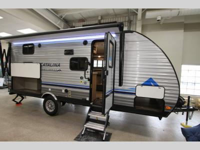 Coachmen RV - Catalina 184 BHS - Summit 7 - Primo RV Centre - Ottawa's #1 RV Dealer
