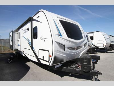 Coachmen RV - Freedom Express 320 BHDS - Maple Leaf/Liberty Edition - Primo RV Centre - Ottawa's #1 RV Dealer