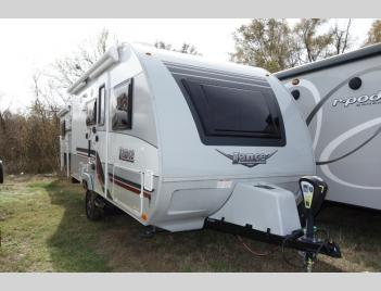 New 2019 Lance Lance Travel Trailers 1575 Photo