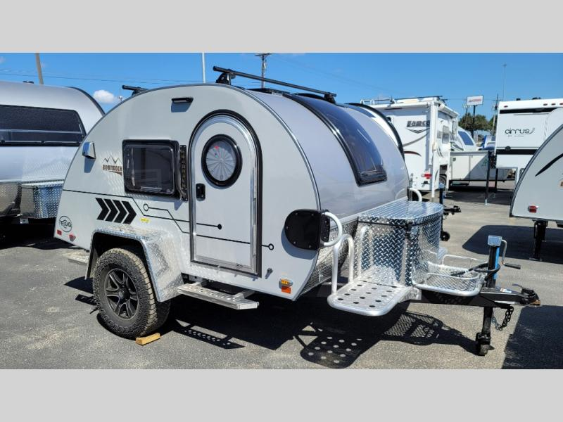 New 2022 nuCamp RV TAG XL 6-Wide Photo