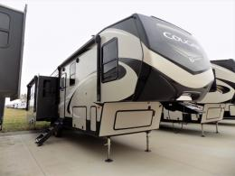 New 2019 Keystone RV Cougar 315RLS Photo
