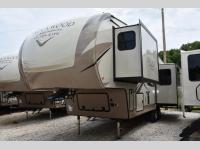 New 2019 Forest River RV Rockwood Signature Ultra Lite mo