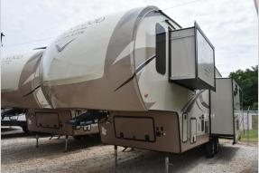 New 2018 Forest River RV Rockwood Signature Ultra Lite 8289WS Photo
