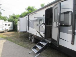 New 2019 Forest River RV Vibe 323QBS Photo