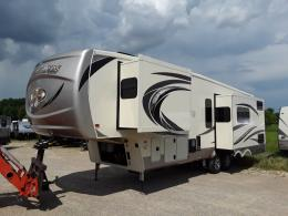 New 2019 Palomino Columbus F297RK Photo