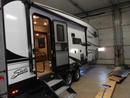 New 2020 Shasta RVs Phoenix Lite 25RE Photo