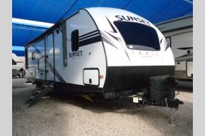 Used 2019 CrossRoads RV Sunset Trail Super Lite SS285CK Photo