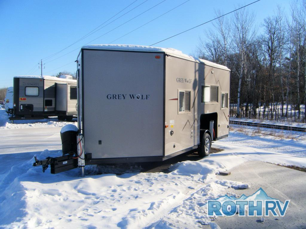 New 2018 forest river rv cherokee grey wolf 16grh fish for Grey wolf fish house