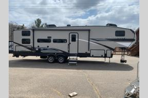 New 2021 Coachmen RV Chaparral Lite 274BH Photo