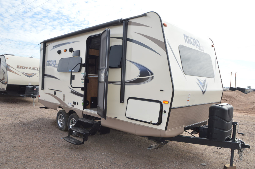 Used 2018 Forest River Rv Flagstaff Micro Lite 21ds Travel