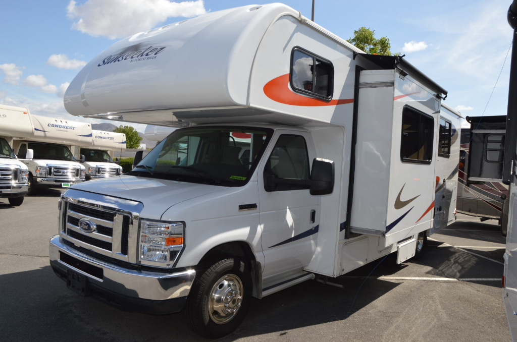 Used 2016 forest river rv sunseeker 2650s motor home class - Class a motorhomes with rear bathroom ...