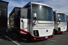 New 2019 Holiday Rambler Navigator 37R Photo