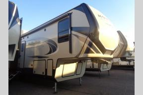 New 2019 Keystone RV Montana High Country 320MK Photo