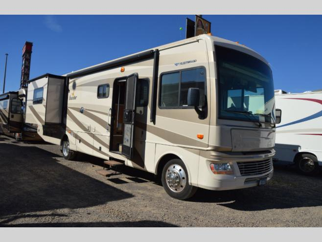 Used 2009 Fleetwood RV Bounder 35E Motor Home Class A at RV