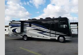 Used 2018 Fleetwood RV Bounder 35K Photo