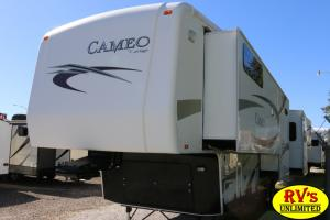 Used 2011 Carriage Cameo 37RESLS Photo