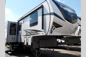 New 2018 Highland Ridge RV Highlander HF350H Photo
