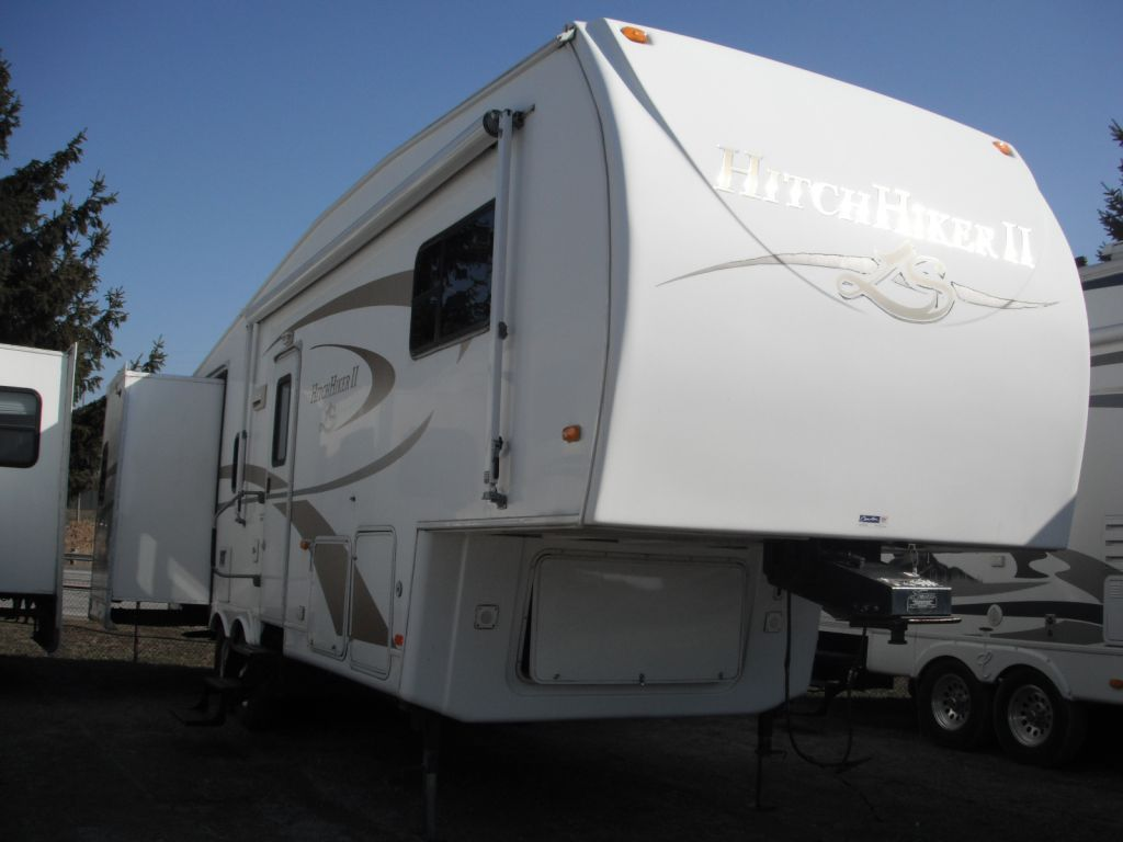 Used 2007 Nuwa Hitchhiker Ii Ls 29 5 Lktg Fifth Wheel At
