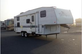 Used 1998 Fleetwood RV Wilderness 27-5T Photo