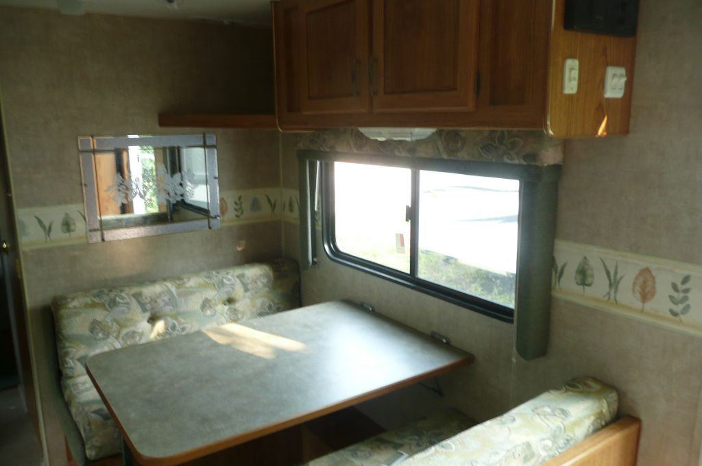 Used 2006 fleetwood rv wilderness 250rks travel trailer at scott used 2006 fleetwood rv wilderness 250rks hot floorplan sold previous next fandeluxe Choice Image