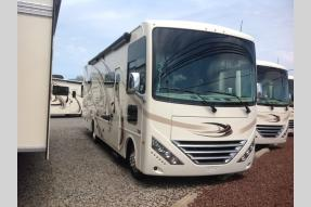 New 2018 Thor Motor Coach Hurricane 31S Photo