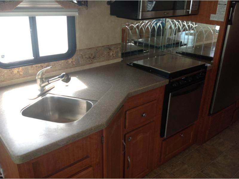 Used 2008 forest river rv georgetown se 350ts for sale for Bathroom vanities lakewood nj