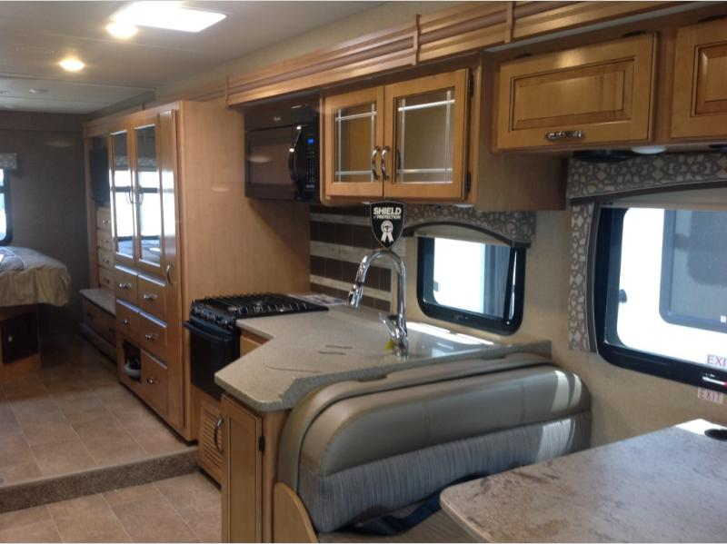 new 2017 thor motor coach chateau 31w motor home class c at scott rh nj rv shows com