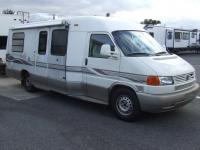 Used 2000 Winnebago Rialta 22QD Photo