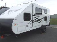 Used 2018 Travel Lite Falcon F-24BH Photo