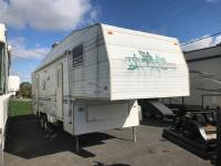 Used 2000 Fleetwood RV Wilderness 285S Photo