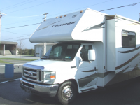 Used 2009 Four Winds RV Chateau 31F Photo