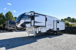 New 2021 Dutchmen RV Astoria 3173RLP Photo