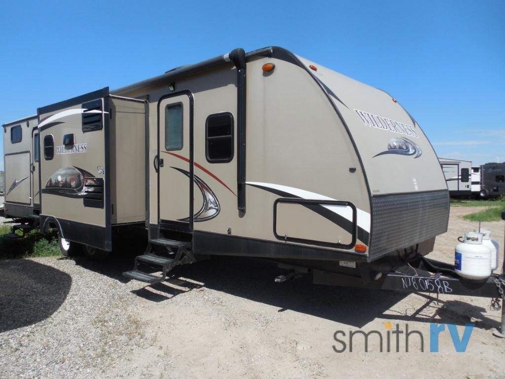 Used 2014 Heartland Wilderness 3250BS Travel Trailer at