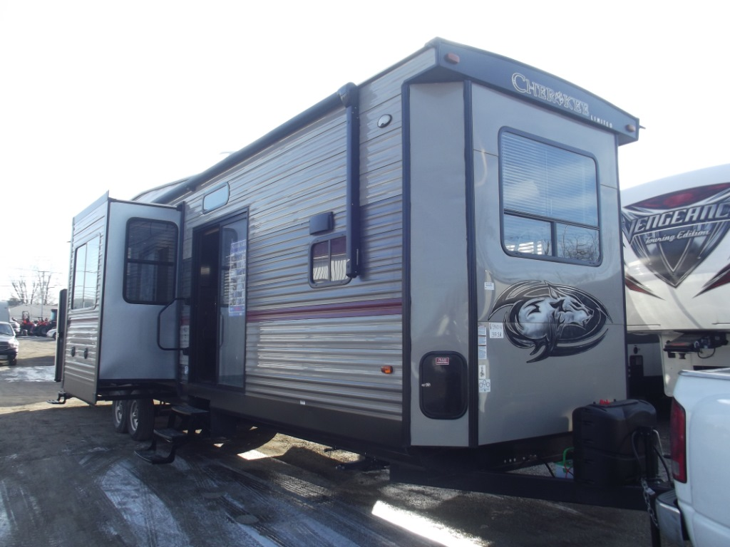 New 2018 Forest River Rv Cherokee Destination Trailers