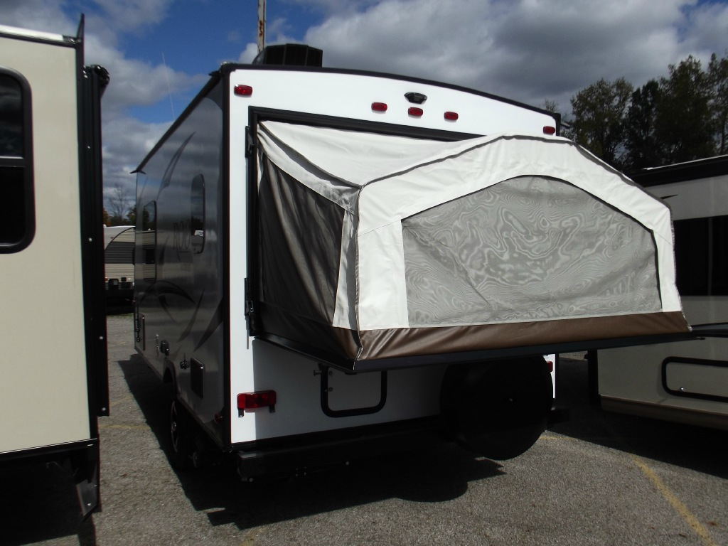 New 2017 Forest River Rv Rockwood Roo 17 Expandable At