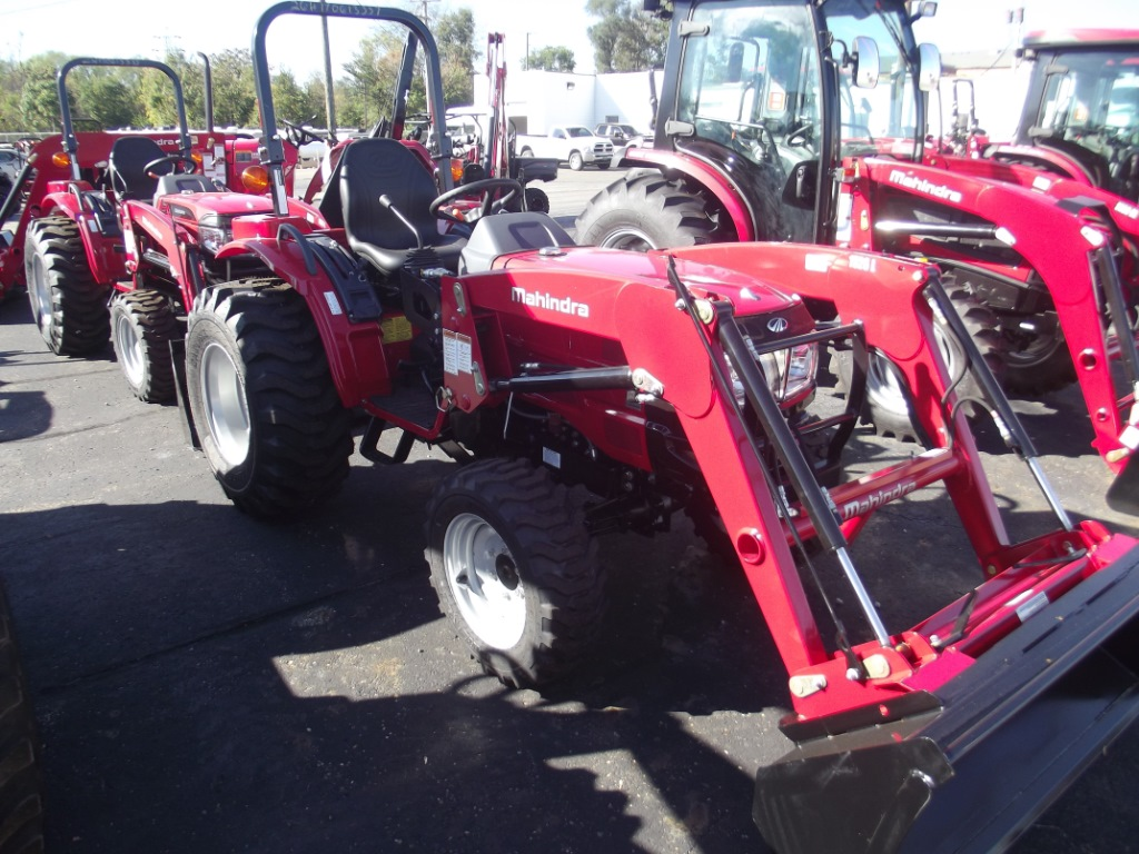 New 2017 MAHINDRA 1526 Tractor at Specialty RV Sales