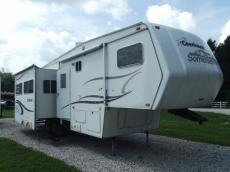 Used 2002 Coachmen RV SOMERSET 325RLS Photo