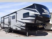 New 2019 Jayco Seismic 4113 Photo