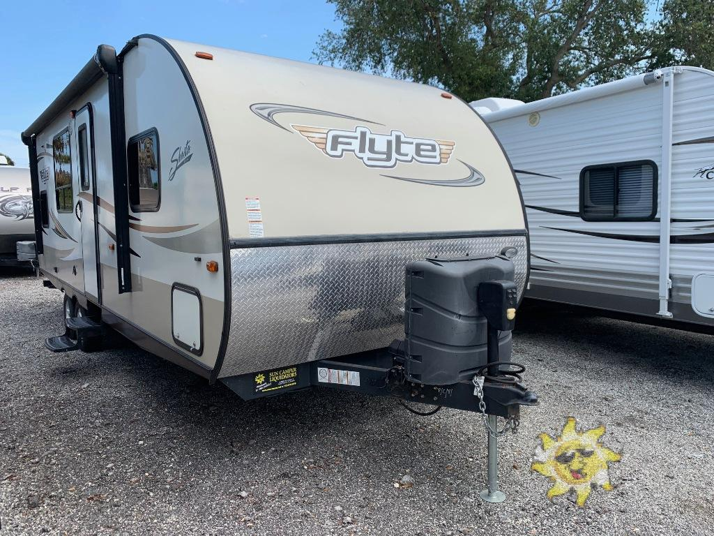 Used 2015 Shasta RVs Flyte 255RS Travel Trailer at Sun