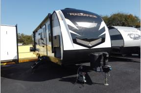 New 2021 Cruiser Radiance Ultra Lite 28QD Photo