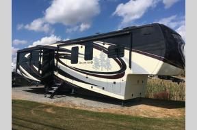 New 2019 Redwood RV Redwood 3881ES Photo