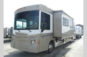 Used 2008 Winnebago Destination 39W Photo