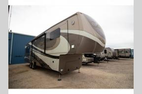 Used 2015 Carriage 40RE Photo