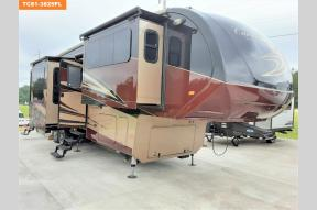Used 2018 Forest River RV Cardinal 3825FL Photo