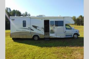 Used 2006 Winnebago Minnie Winnie 30V Photo